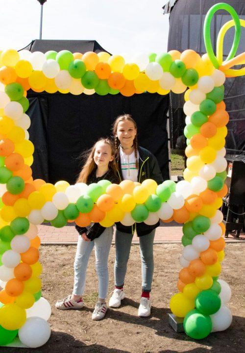 dekoracja wielkanocna balony ramka